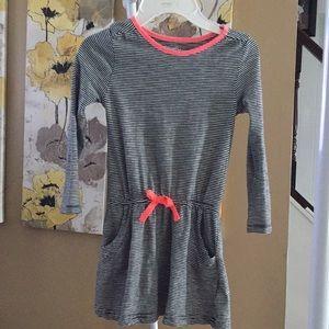 Oshkosh dress size 5